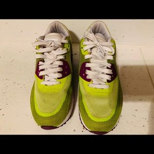 Women's Nike Air Max - Size 8